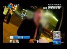 外籍司机未带行驶证  交警英语执法