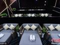 """杭州首个""""床厅""""电影院亮相 有工作人员进行巡场"""