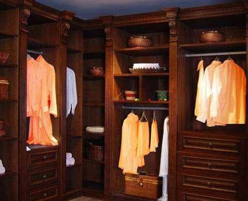 听装修牛人分析 柜子是木工打好还是买的好