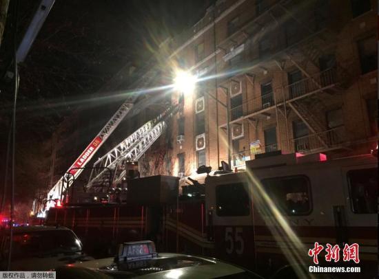 约170名消防员参与了扑救行动,截至当天晚上8时30分左右,大火被扑灭。