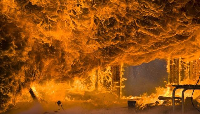 称松北区太阳岛风景区平原街18号北龙温泉休闲酒店发生火灾.