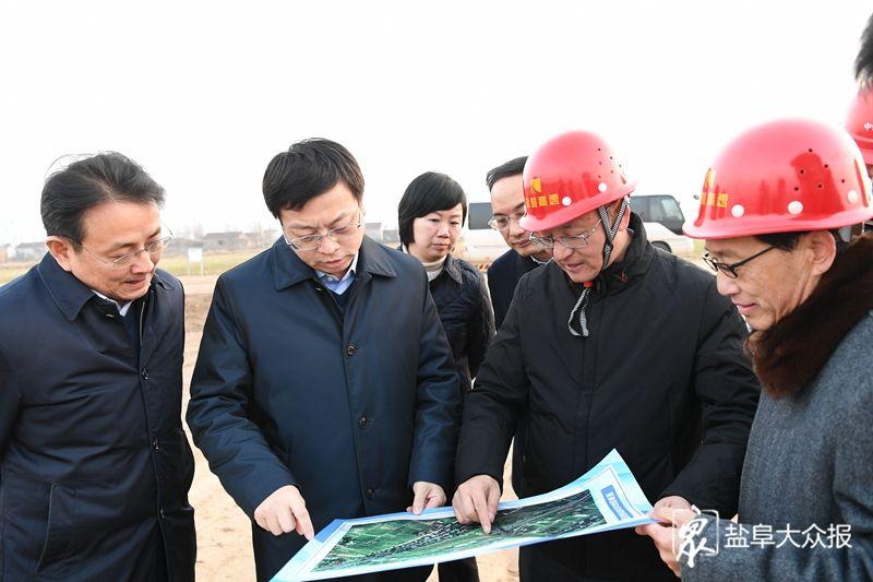 發展特色產業 完善基礎設施 推動沿海高質量發展 曹路寶到射陽縣調研沿海開放發展工作