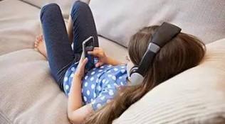寒假,如何把孩子从手机里拉出来?