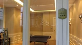 房客在酒店用乒乓球室被拒 员工:老板为儿子准备的