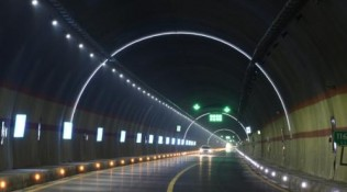 江苏全省开展桥梁隧道安全生产检查,重点排查独柱墩桥梁