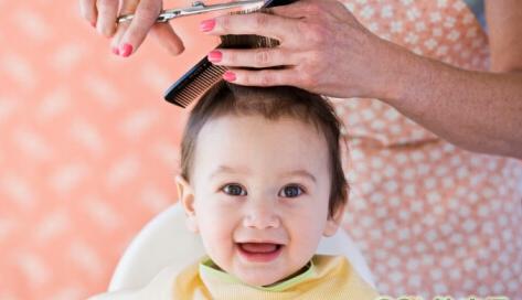 不能给宝宝理发的5种情况