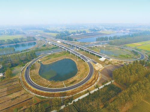 """阜建高速公路,是江苏沿海开发重要交通基础设施之一,也是江苏 """"十二五"""