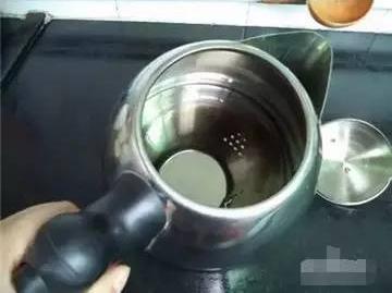 水壶手绘爆炸图