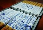女子在香烟上画满漫画 送给丈夫劝其戒烟
