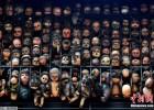 委内瑞拉男子收集玩偶 挤满阳台景象骇人!