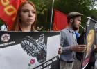 莫斯科民众集会抗议普京通过反恐法