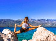 瑞典美女飞行员大秀高难度瑜伽 精彩绝伦