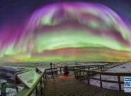 实拍璀璨北极光 感受星河灿烂宇宙奥秘