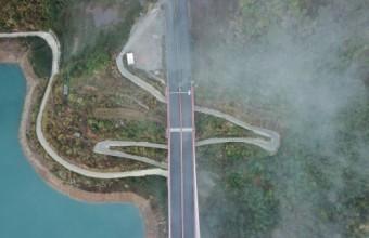 烟雨红水河大桥