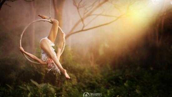 钢管舞女神深林化身精灵狐仙 呼吁爱护自然